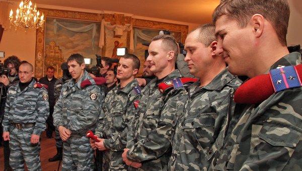 Девять бойцов Беркута получили паспорта России в Крыму. Архивное фото