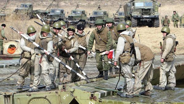Военнослужащие инженерного полка. Архивное фото