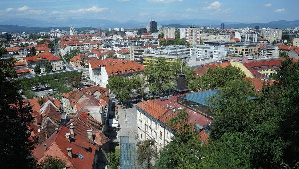 ВСловении абсолютно вооруженное нападение на поликлинику - есть погибшие