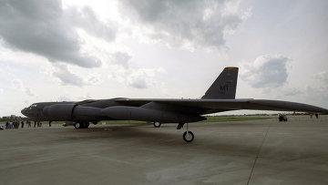 Стратегический американский бомбардировщик B-52. Архивное фото