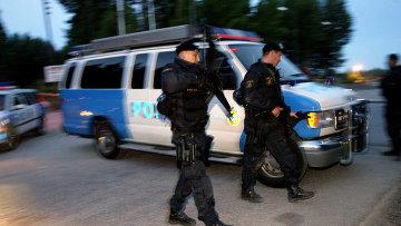 Сотрудники шведской полиции