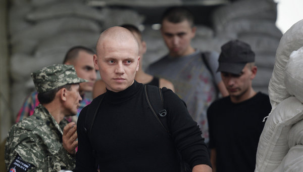 Освобождение украинских военнослужащих, задержанных в воинской части №3004 в Донецке