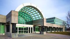 Вид на вход в здание штаб-квартиры ЦРУ. Архивное фото