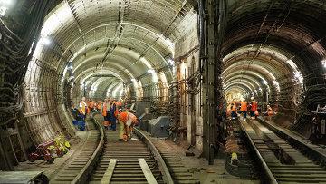 Сергей Собянин проинспектировал ход восстановительных работ на месте аварии в метро