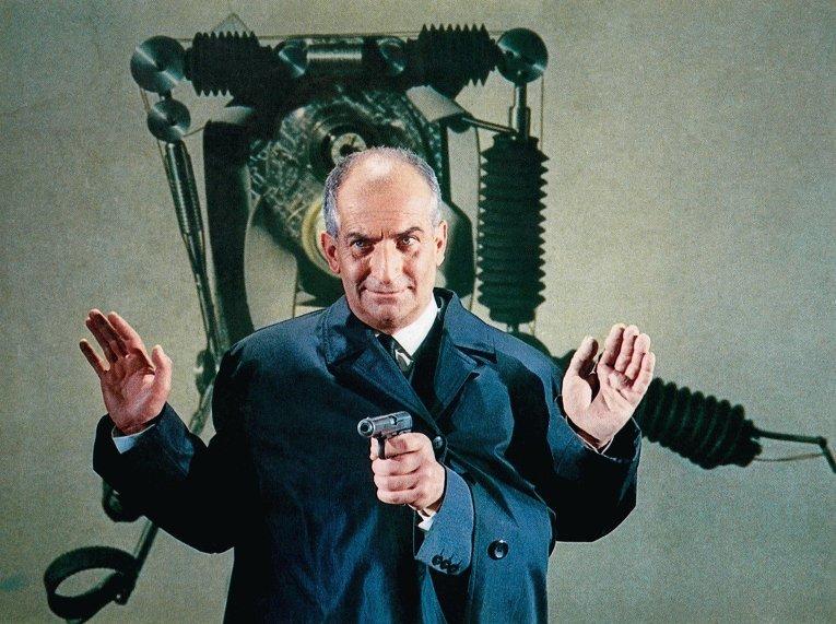 Линию Макрона в газете уподобили действиям комиссара Жува из французской комедии 60-х годов «Фантомас»: стреляем – договариваемся – стреляем – договариваемся…