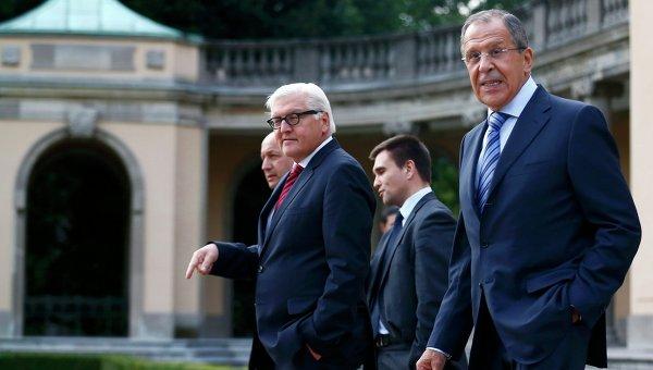 Главы МИД России, Германии, Франции и Украины