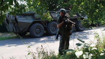 Ополченцы ДНР в городе Иловайске Донецкой области.Архивное фото