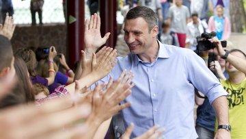 Виталий Кличко посетил детский лагерь Джерело в Буче