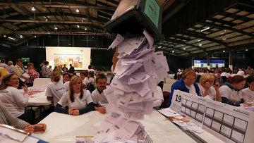 Открытие избирательных ящиков после голосования, Шотландия