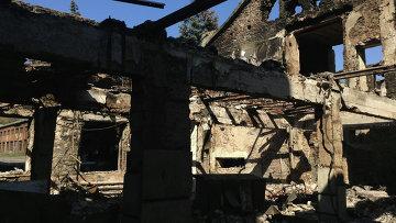 Разрушенная шахта в Донецкой области. Архивное фото.