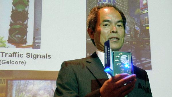 Японский ученый Судзи Накамуре, удостоенный Нобелевской премии