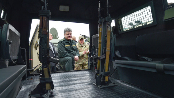 Президент Украины Петр Порошенко, архивное фото
