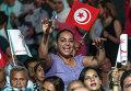 """Сторонники тунисской партии """"Нидаа Тунис"""" во время предвыборного митинга в Тунисе"""