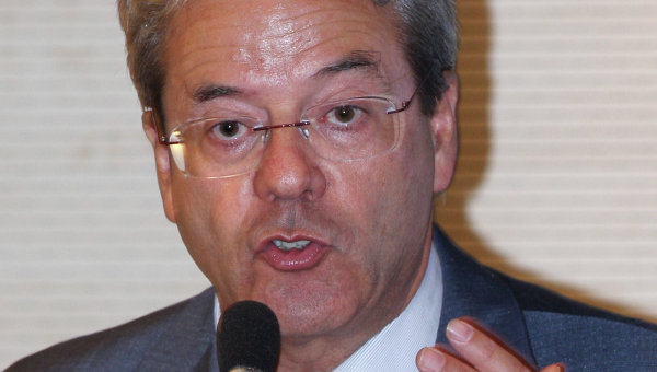 Министр связи Италии Паоло Джентилони. Архивное фото