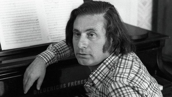 Советский композитор Альфред Шнитке, Архивное фото