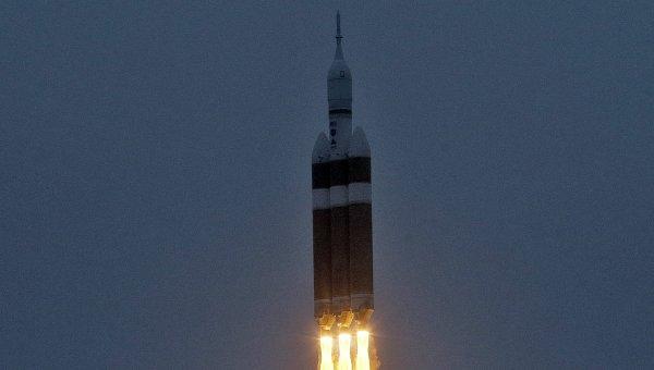 Полет космического корабля Orion и тяжелой ракеты-носителя Delta-4. Архивное фото