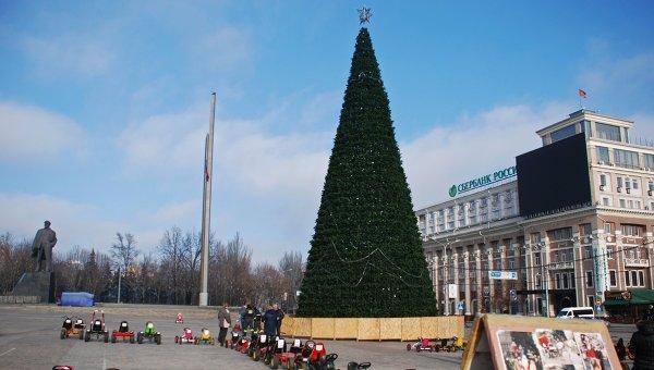 Главная новогодняя елка Донецка. Архивное фото