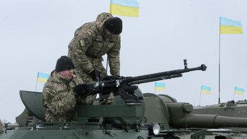 Солдаты украинской армии возле города Житомир. Архивное фото