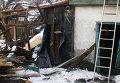 Дом, разрушенный в результате обстрела украинскими силовиками в Донецке