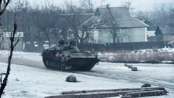 БТР ВСУ в поселке Пески, Донецкая область. 21 января 2015