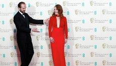 Ральф Файнс и Джулианна Мур на церемонии вручения премии BAFTA