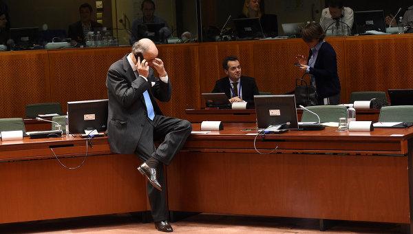 Министр иностранных дел Франции Лоран Фабиус перед началом заседания Европейского совета в Брюсселе