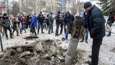 На одной из улиц Краматорска после артобстрела. Архивное фото