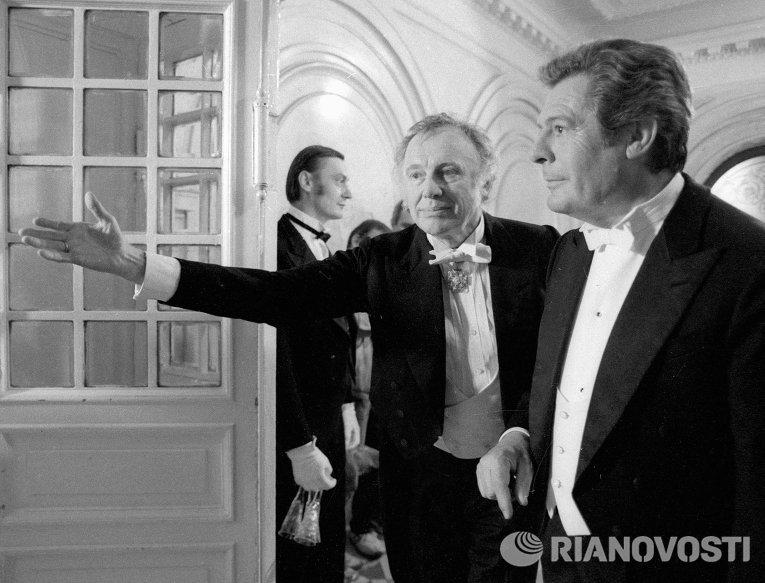 Артисты Марчелло Мастрояни и Иннокентий Смоктуновский