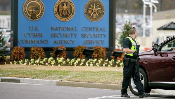 Полицейский на территории Агентства национальной безопасности США