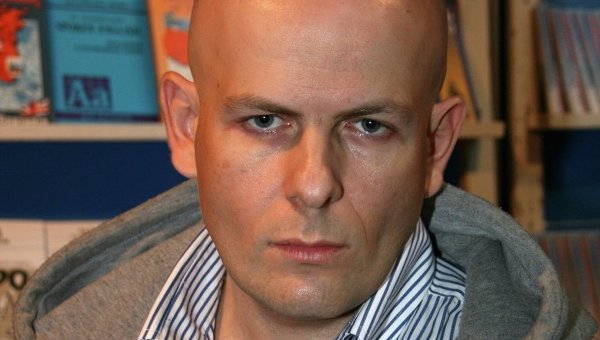 Украинский писатель, журналист и общественный деятель Олесь Бузина. Архивное фото