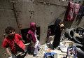 Дети в убежище после авиаударов по Сане