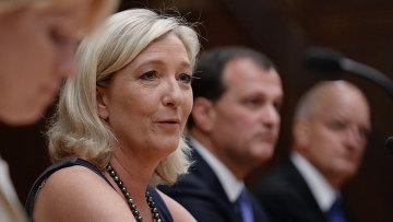 Французский политик Марин Ле Пен. Архивное фото