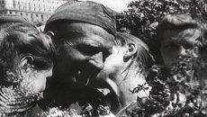 Мир празднует Победу. Съемки 9 мая 1945 года