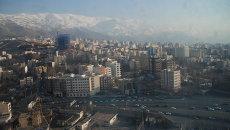 Утренний Тегеран из окна отеля. Архивное фото