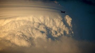 Самолет, архивное фото