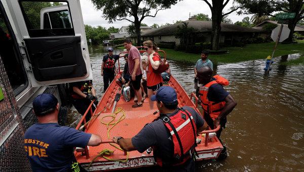 Спасательная операция на месте наводнения в США. Архивное фото