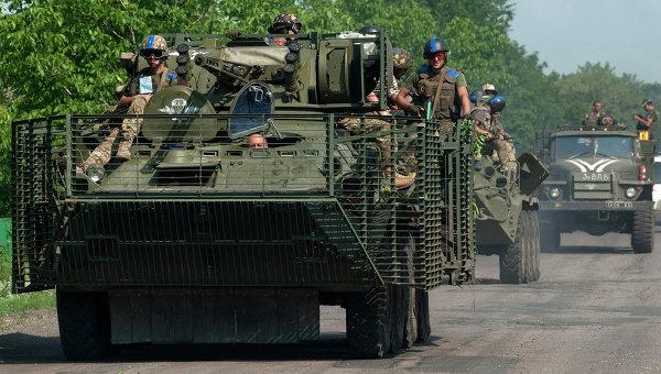 Колонна с украинскими военными под Марьинкой