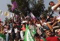 Участники митинга Народно-Демократической партии в Диярбакыре (Турция)