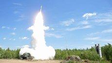 Ракетные стрельбы расчета зенитной ракетной системы в рамках совместной воздушно-огневой конференции ВВС И ПВО России и Белоруссии