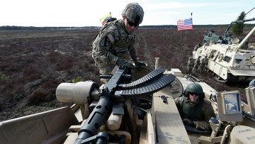 Американские военнослужащие во время учений НАТО в Литве. Архивное фото.