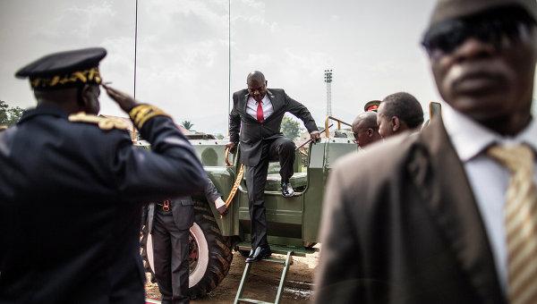 Президент Бурунди Пьер Нкурунзиза прибывает на празднование дня независимости страны. Архивное фото