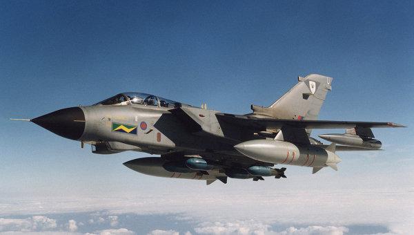 Истребитель Tornado ВВС Великобритании. Архивное фото
