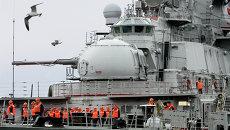 Тяжелый атомный ракетный крейсер Петр Великий. Архивное фото