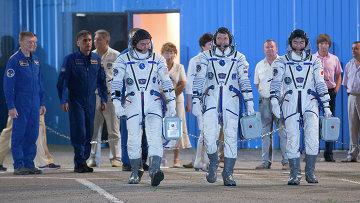 Экипаж транспортного пилотируемого корабля Союз ТМА-17М 44/45 экспедиции к МКС