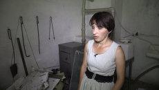 Глава поселка в Донецкой области показала найденные обломки лайнера MH17