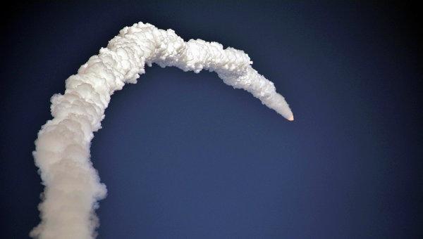 Запуск ракеты со спутником. Архивное фото