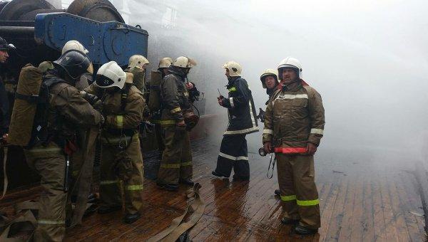 Пожарные в Хабаровске