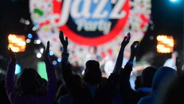 Североамериканская эстрадная певица выступит воккупированном Крыму