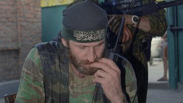 Командующий чеченскими вооруженными формированиями Ахмед Закаев