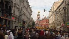 Патриарший крестный ход из Кремля до Высоко-Петровского монастыря. Архивное фото.